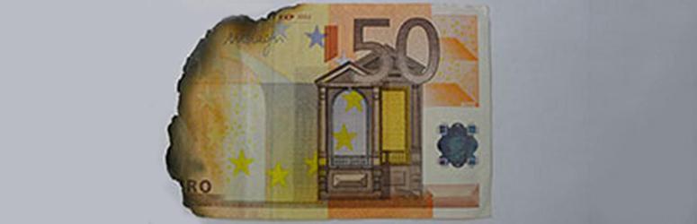 Damaged banknotes